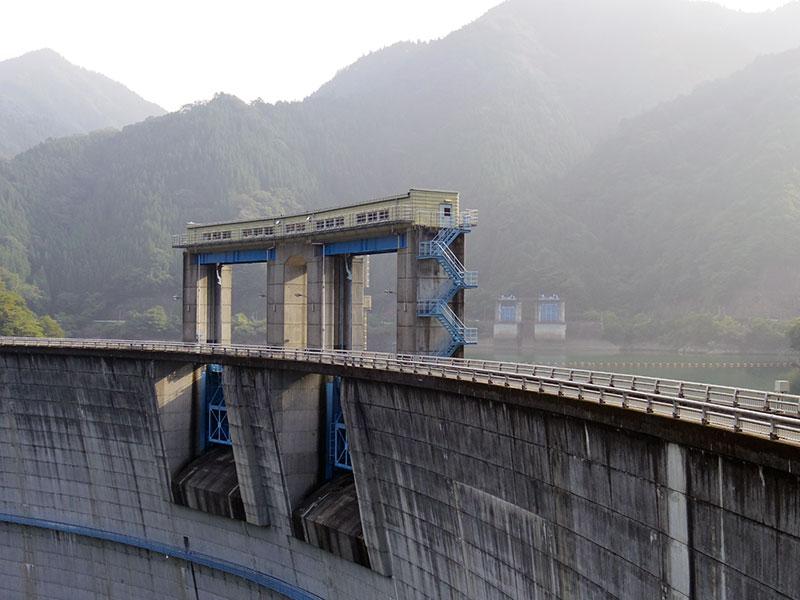 新豊根ダム(その2)