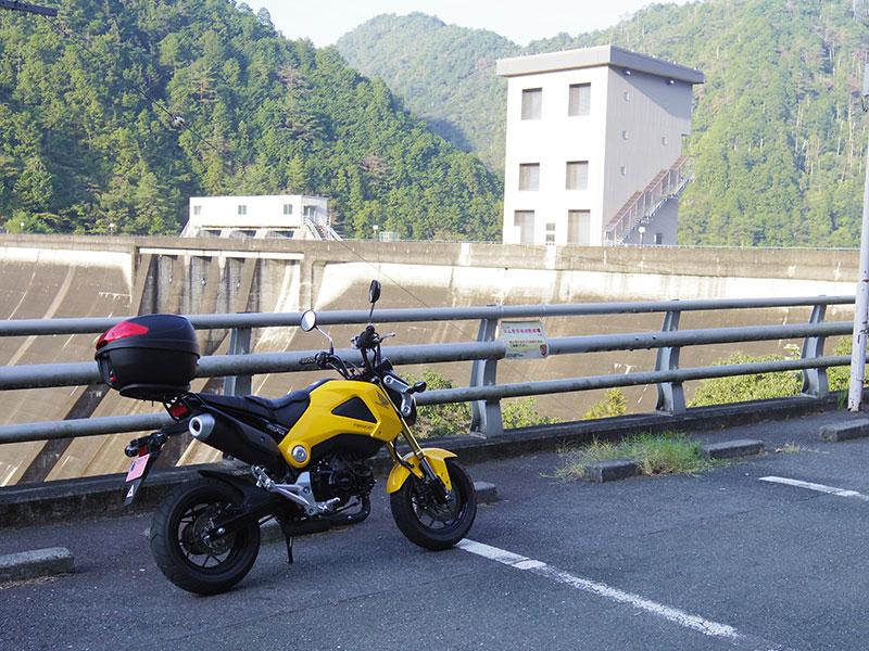 宇連ダム(その2)